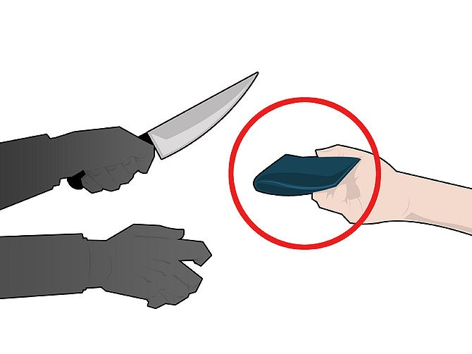 Defend against a knife 2.jpg