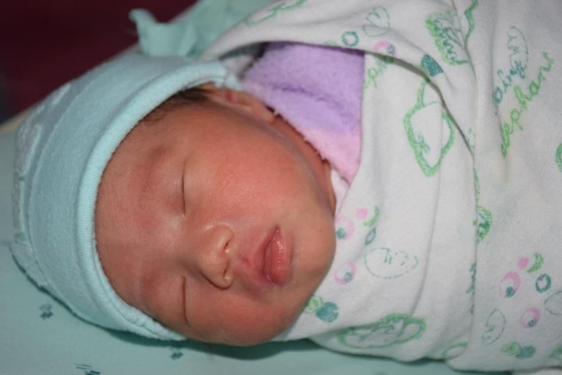 D:\back up My Pictures 17-03-59\รูปทารกแรกเกิด\DSC_0305.JPG