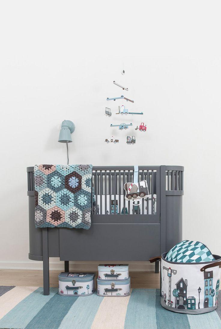 6 modern baby cribs for design conscious parents