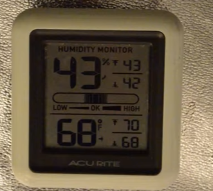 cheap but effective temperature and humidity monitor
