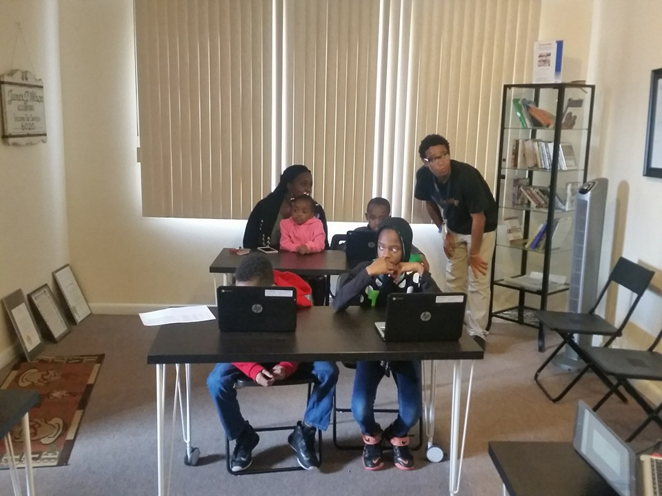2015 Hour of Code, Mid Level Coder -w- Instructor Walter Freeman, JCWCC College Tech Intern.jpg