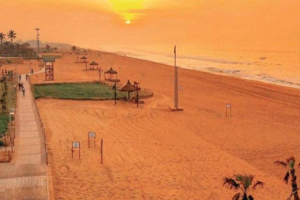 image of puri golden beach