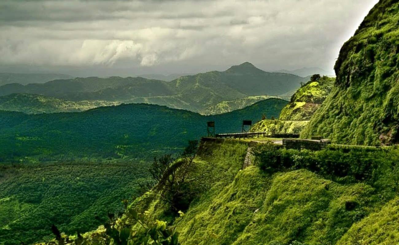 Kalsubai peak treks near Mumbai
