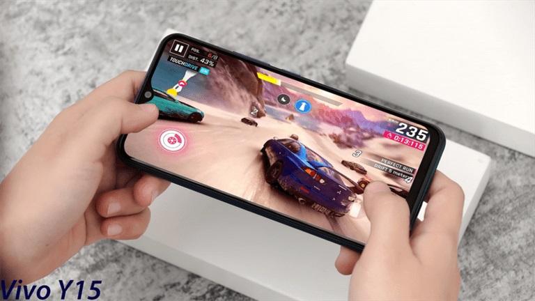 Smartphone chơi game tốt giá rẻ đang mua nhất hiện nay