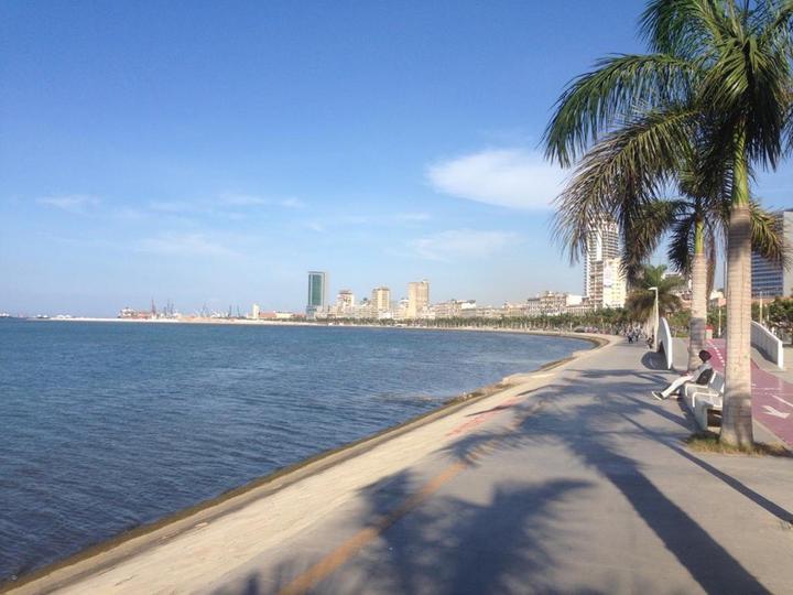Луанда - столица Анголы. Фото предоставлено героем публикации