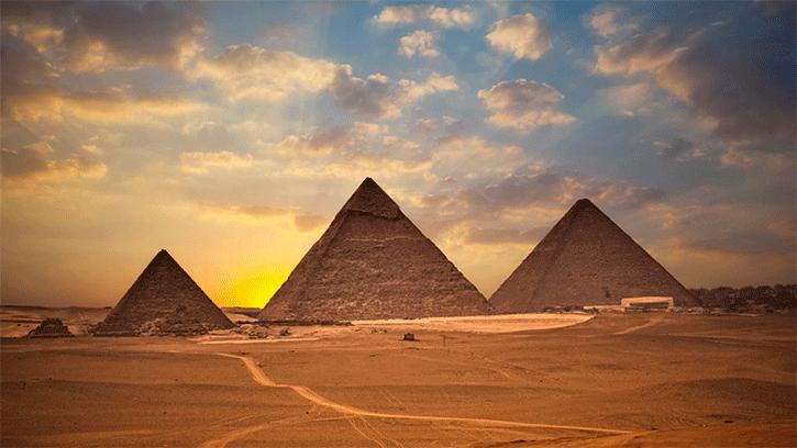 http://3.bp.blogspot.com/-R6Tvf84m7ic/VA8JEexBW3I/AAAAAAAARAY/khjVnouvt3U/s1600/piramides_de_gize_todas.png