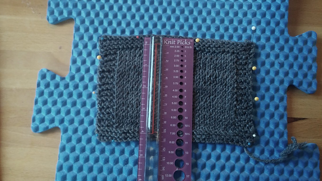stockinette swatch.jpg