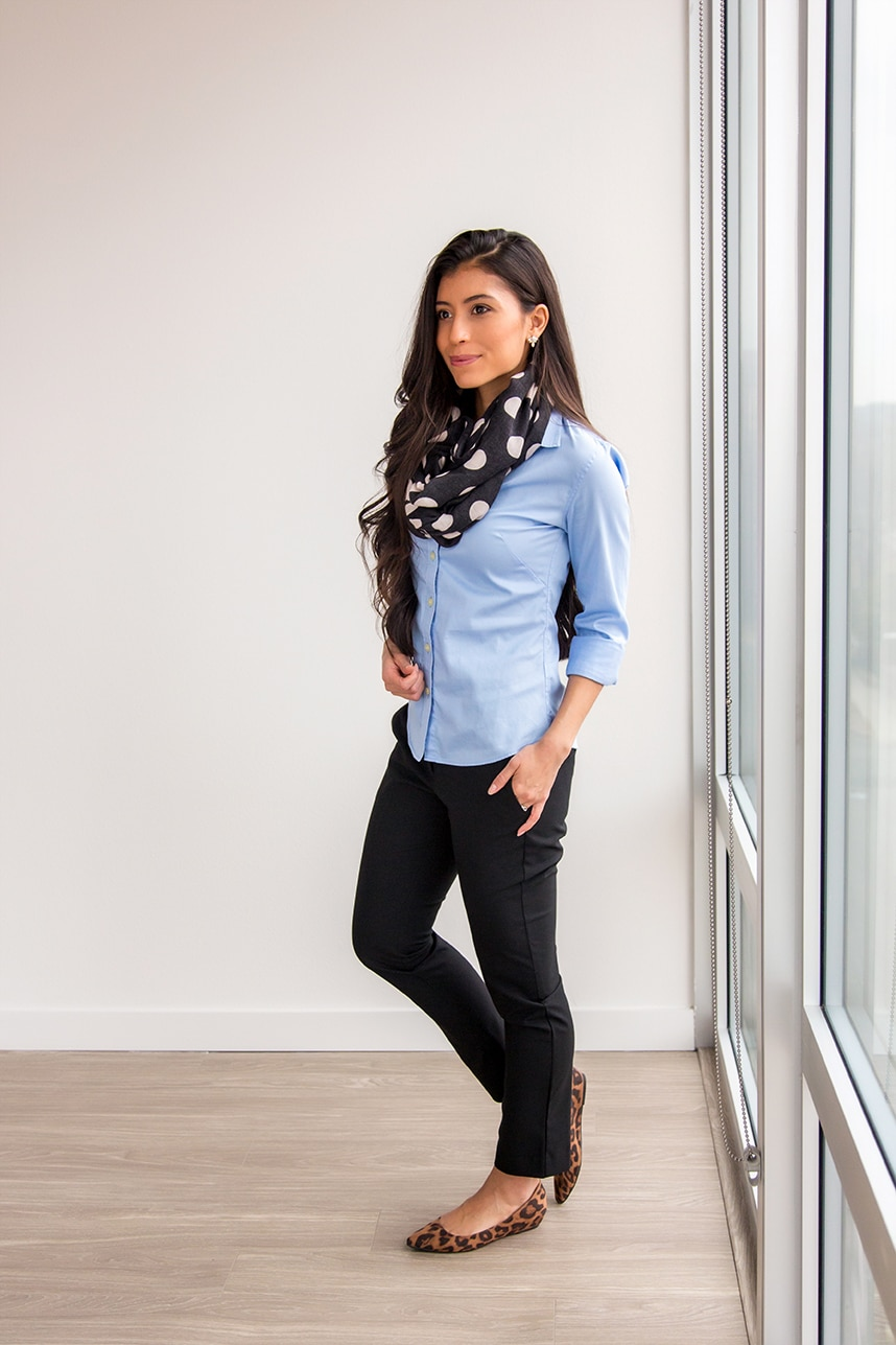 What to wear to work -20 Work Outfits - Decoding Women Business Casual