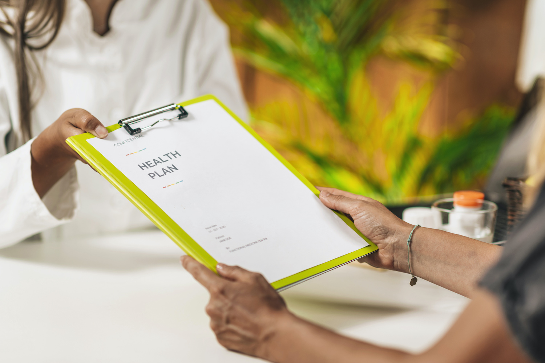 health plan clipboard