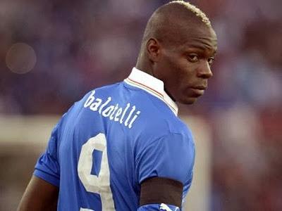 Balotelli: Chỉ có 2 cầu thủ Anh xứng đáng khoác áo Italia
