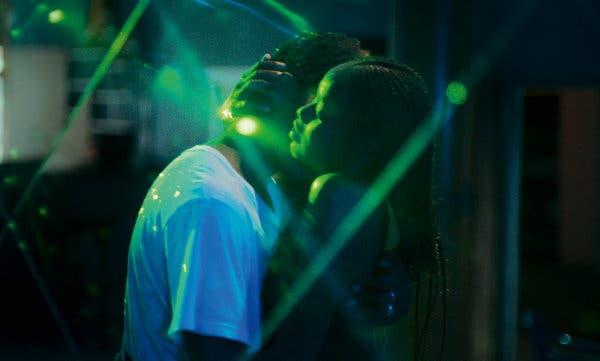 Mama San & eacute;  ve Ibrahima Traor & eacute;  & ldquo; Atlantics & rdquo;  Cannes Film Festivali'nde Grand Prix kazandı.