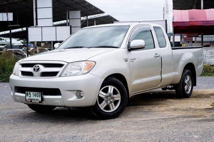Toyota Hilux Vigo โฉมแรก ผู้ล้มแชมป์ตลาดระบะในไทย
