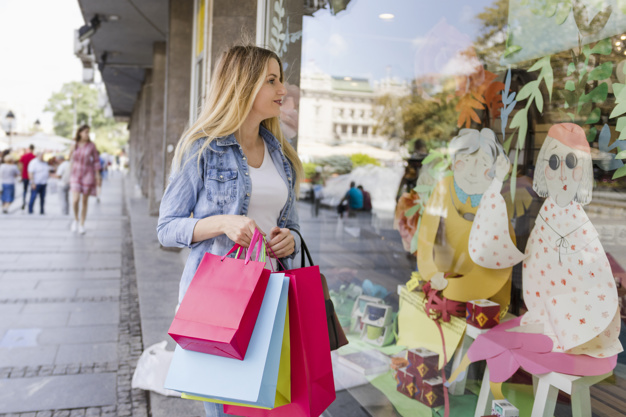 Boosting Foot Traffic at Your Physical Store: Online and Offline Solutions 1