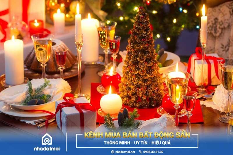 Vào ngày Giáng sinh không thể thiếu đi bữa tiệc được bày trí thịnh soạn