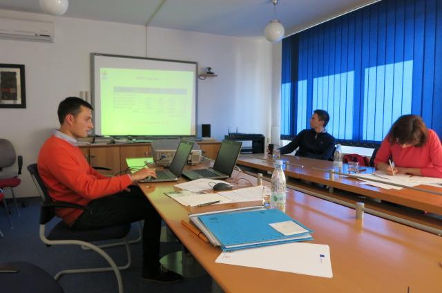 C:\Users\Mos\Desktop\Suvirinimo ATB akreditacija\Projekto foto\II partnerių susitikimas (Slovenija 2015 10 20\IMG_0879.JPG