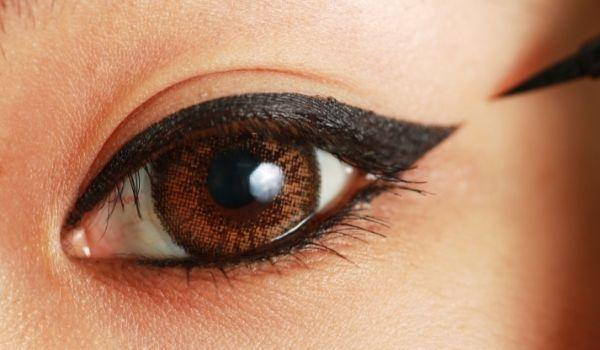 close up shot of eye with thick eyeliner