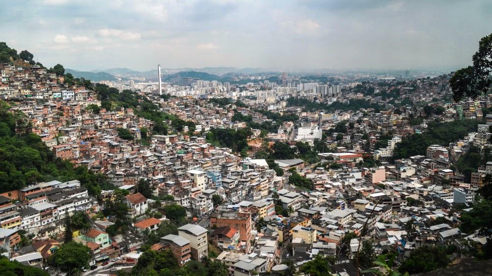 Cidades brasileiras mesclam um pouco dos dois modelos, compacto e disperso (Fonte: Shutterstock)
