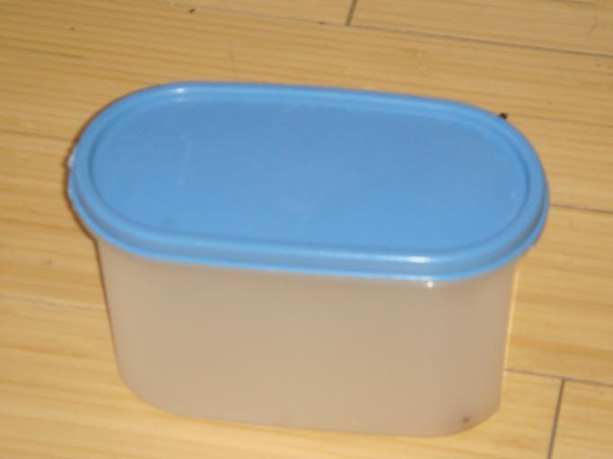 Tupperware containers make great items for mental exercise