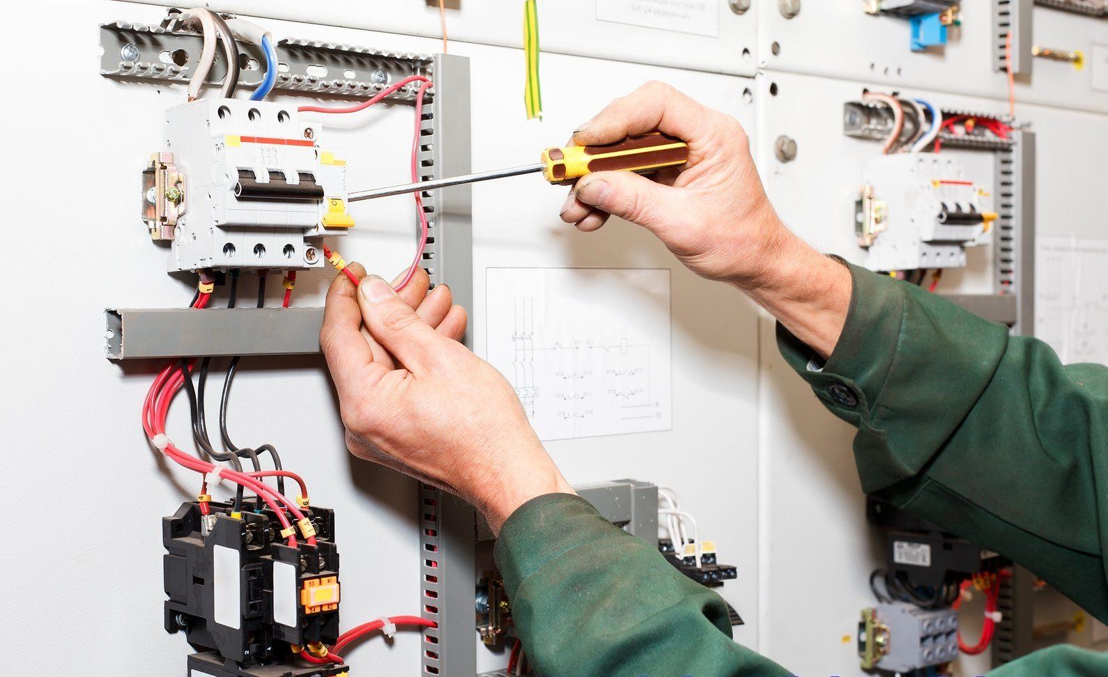 Một thợ sửa máy khẩu trang giỏi cần có những kỹ năng gì?