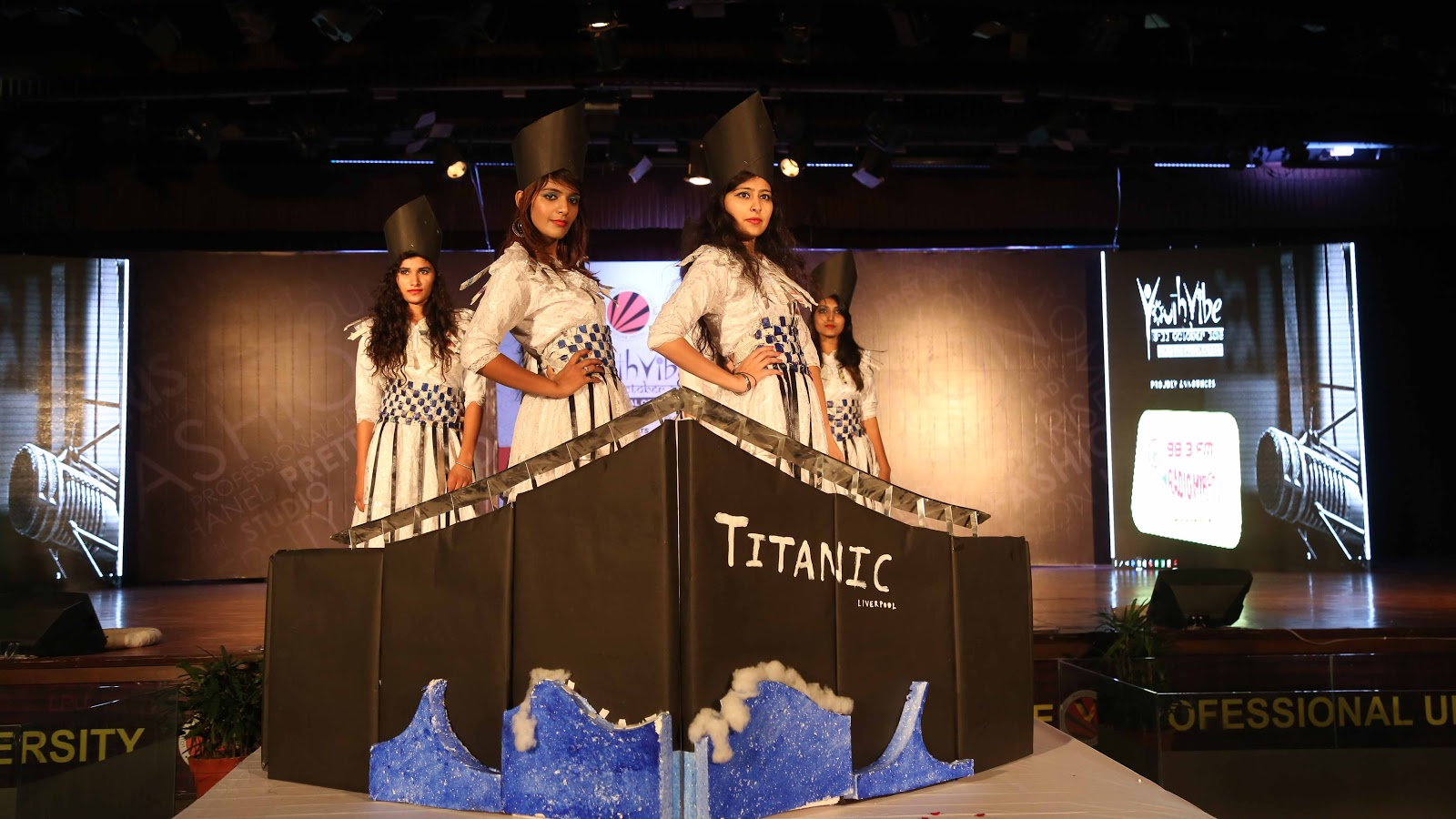 Students participating in a Paridhan Fashion Show competition during concluding day of Youth Vibe fest at LPU (4).JPG