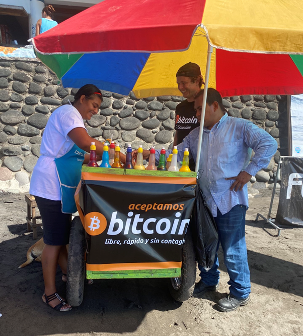 Ice Dish stall accepting bitcoin in El Salvador