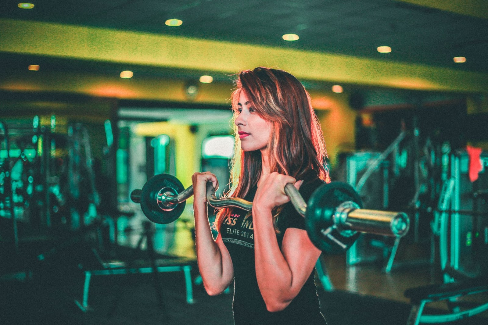 What Do You Need to Become an Online Fitness Trainer?