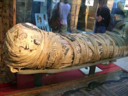C:\Users\NF\Desktop\CLEOPATRA Mummy in The British Museum, London.jpg