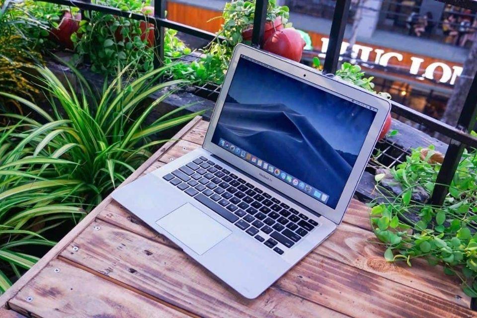 Màn hình Macbook Air 2017
