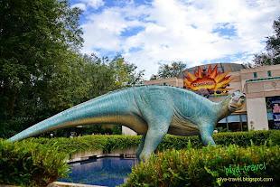http://travel.suaythep.com/2014/06/animal-kingdom-2.html