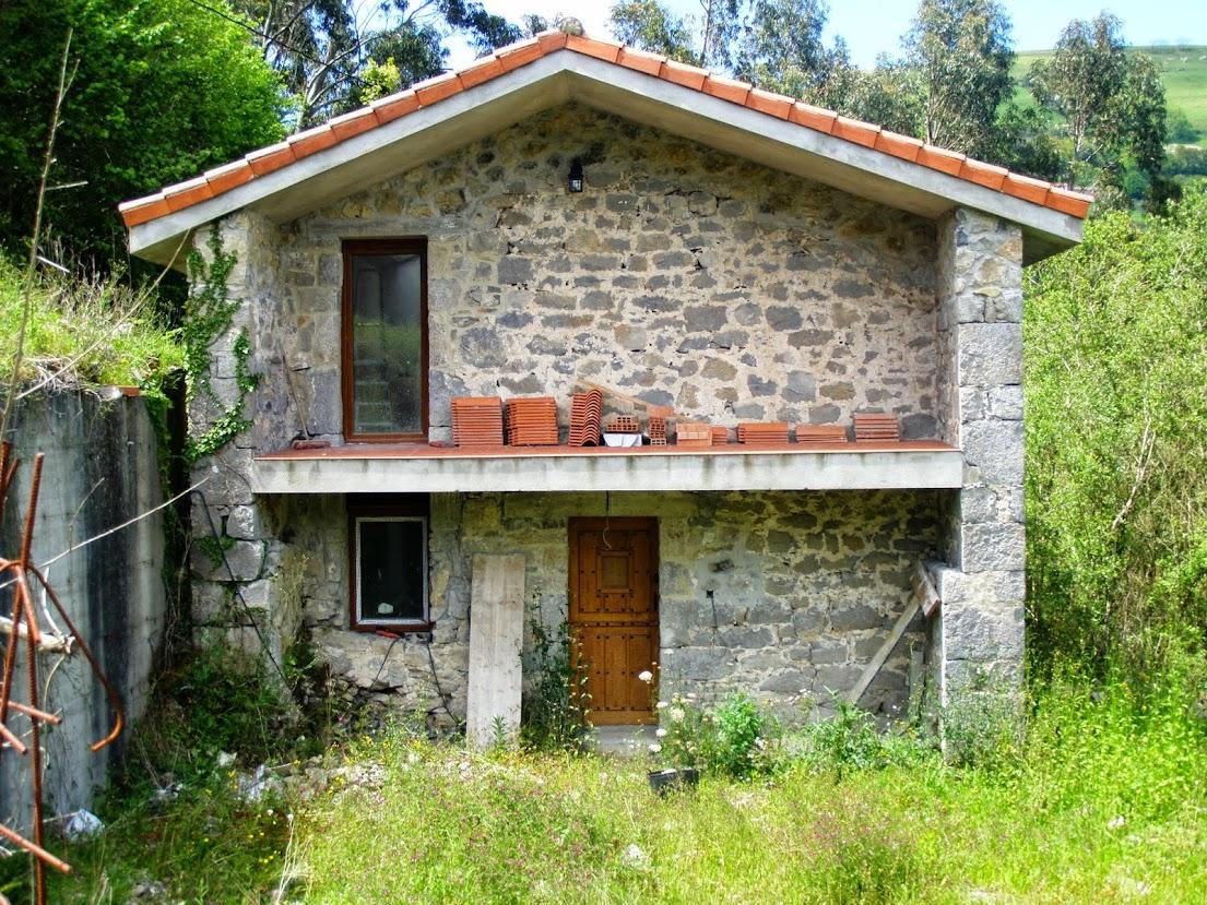 Venta casa cantabria reformada muy buenas maderas finca - Venta de casas rurales en cantabria ...