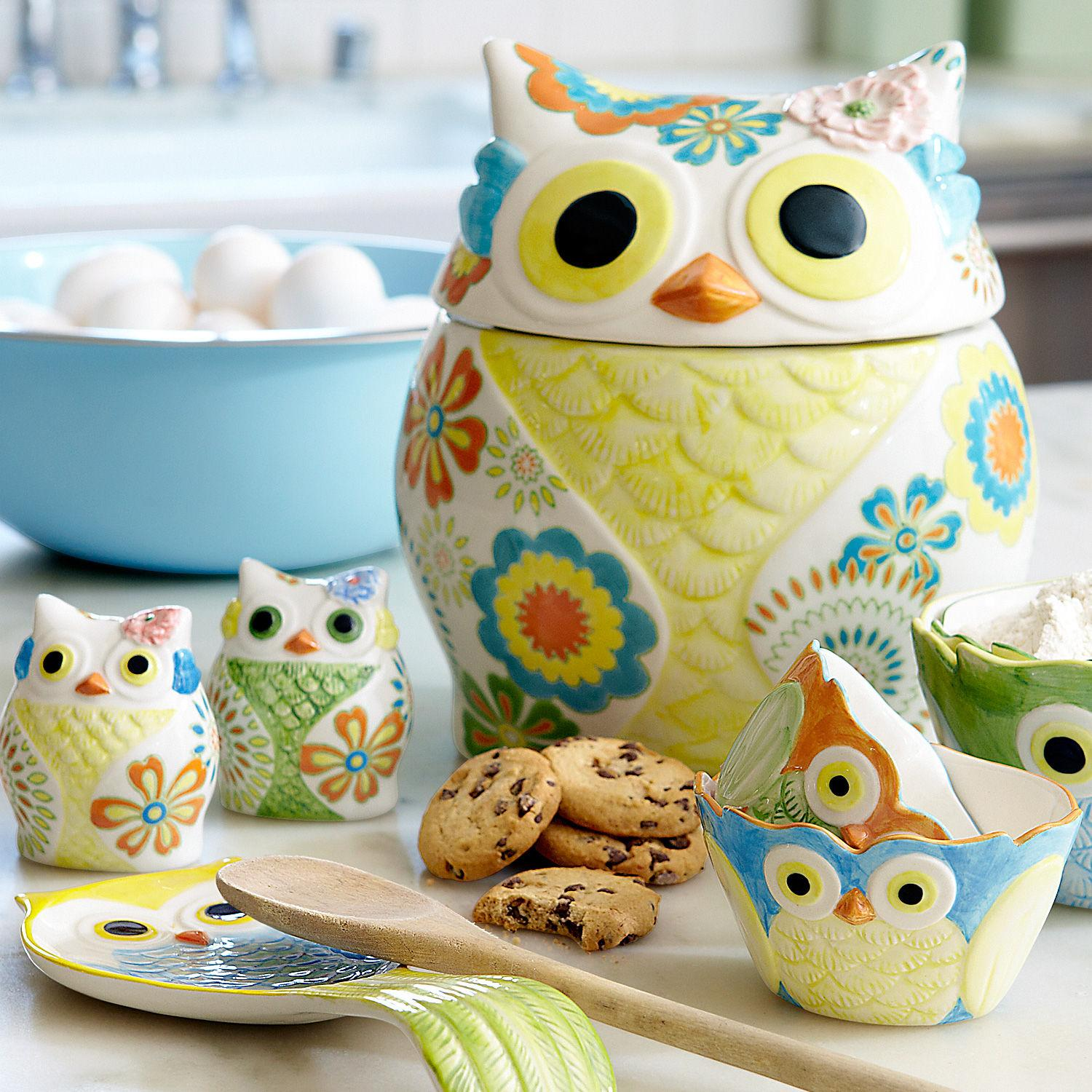 Adorn your pad with owl inspired decor giveaway closed Owl kitchen accessories