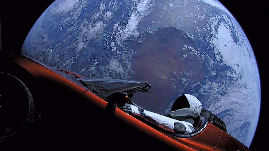 Elon Musk SpaceX marketing