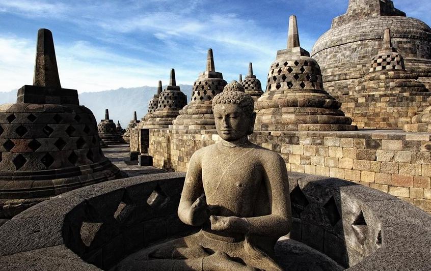 Berkeliling dan Mengenal Sejarah dan Seni dari Peninggalan Sejarah Candi Borobudur