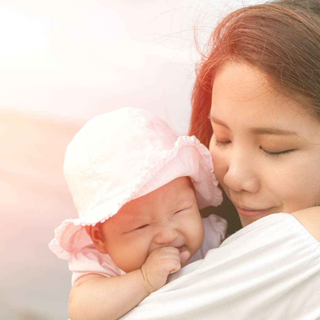 La imagen tiene un atributo ALT vacío; su nombre de archivo es consejos-para-vacaciones-con-bebes1-1024x1024.png