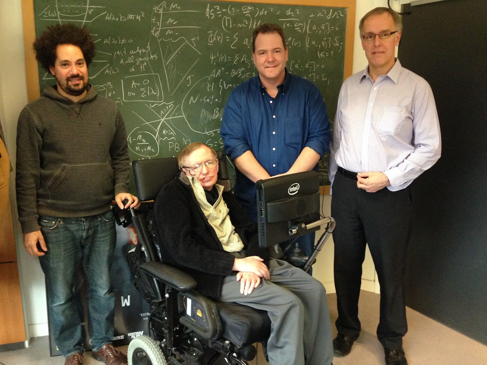 Stephen_Hawking_with_New_Computer (1).jpg