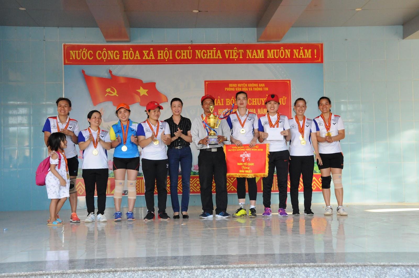 Giải bóng chuyền nữ huyện Krông Ana năm 2018