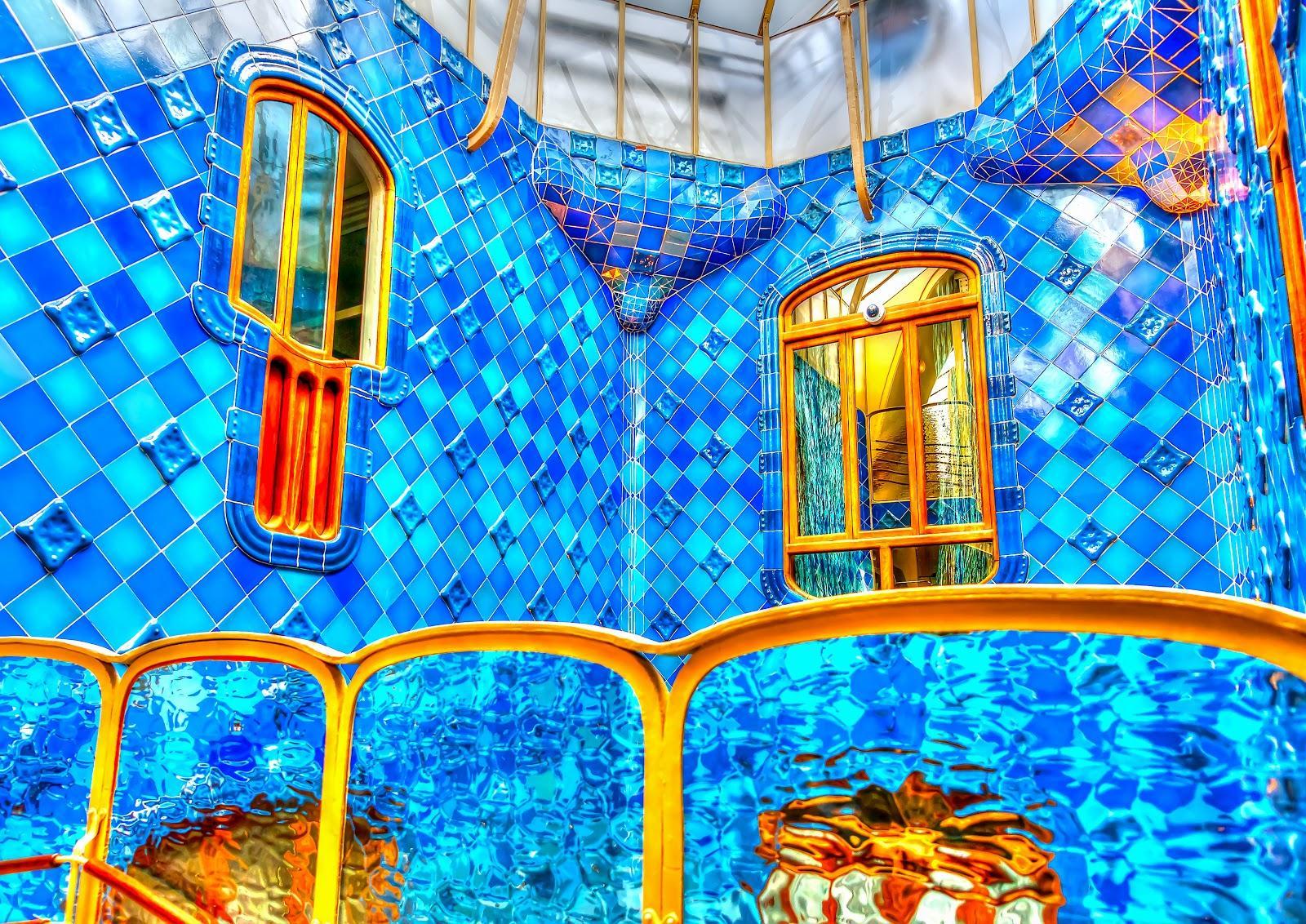 The blue mosaics of the walls inside Casa Batllo.