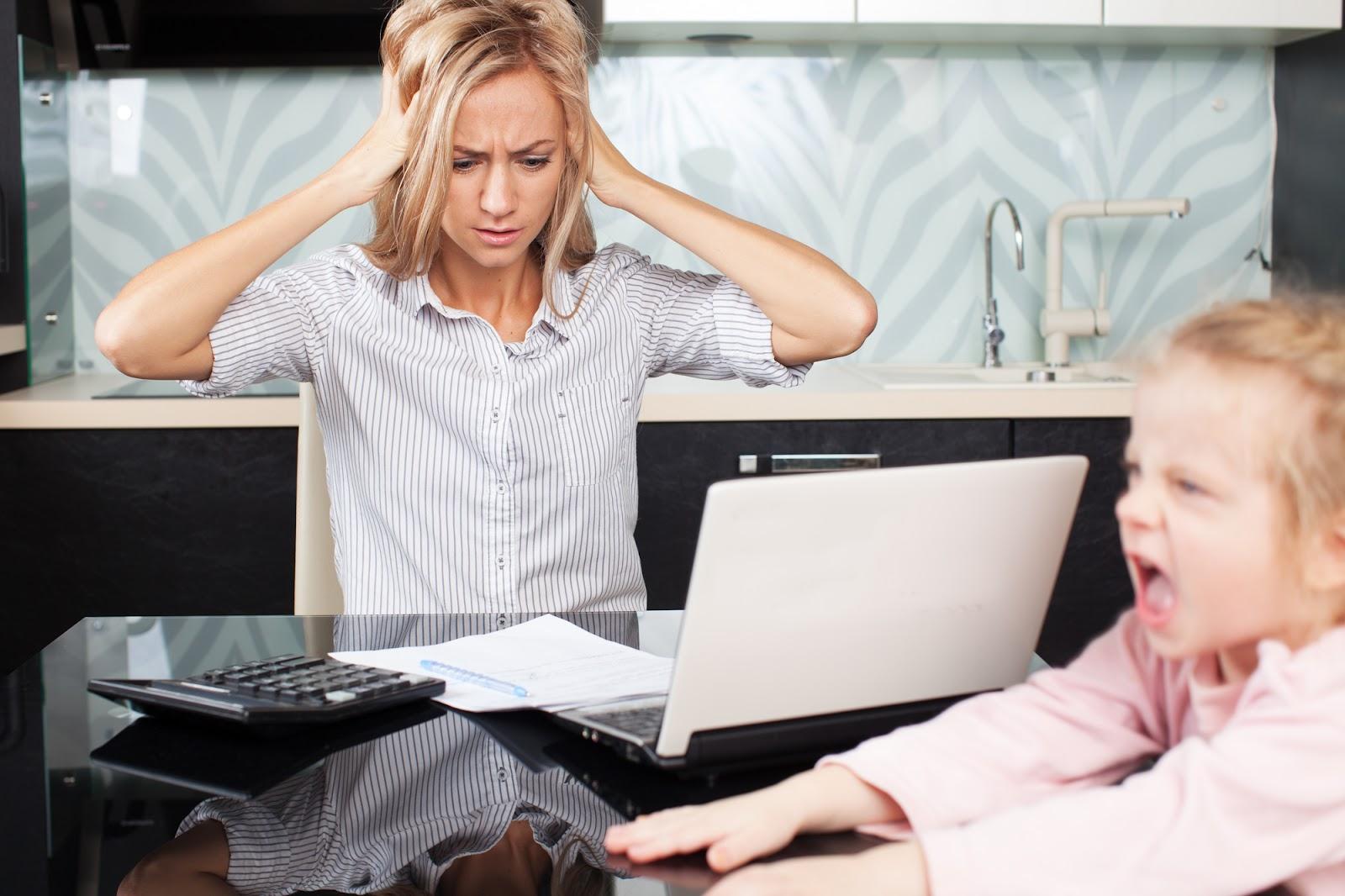 Как совместить декрет и карьеру