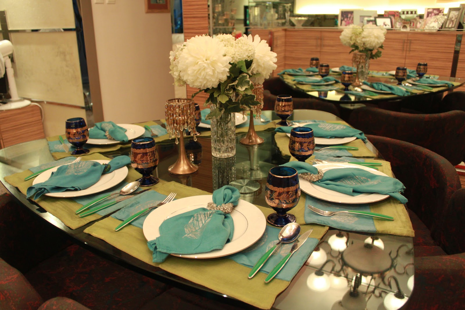 Meenu's awesome table setting
