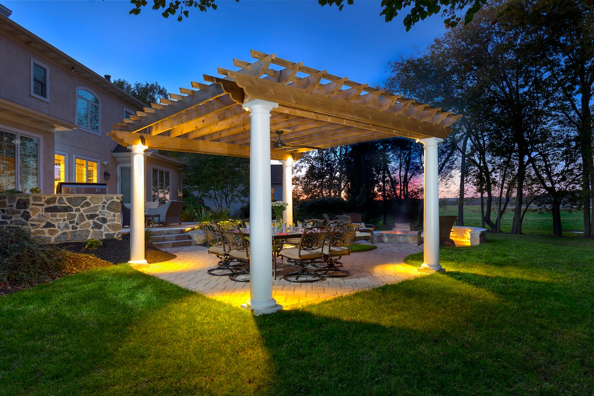 Vakkas-paver-patio-pergola-Lighting-1