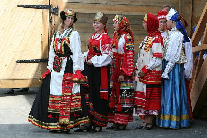 russian-native-costume-0004 (700x466, 112Kb)