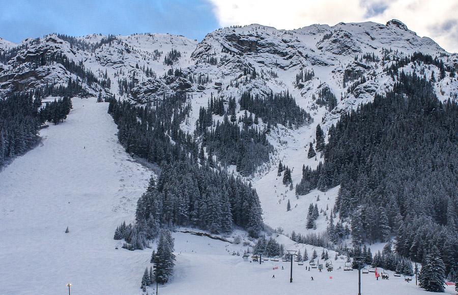 Early season skiing at Mount Norquay