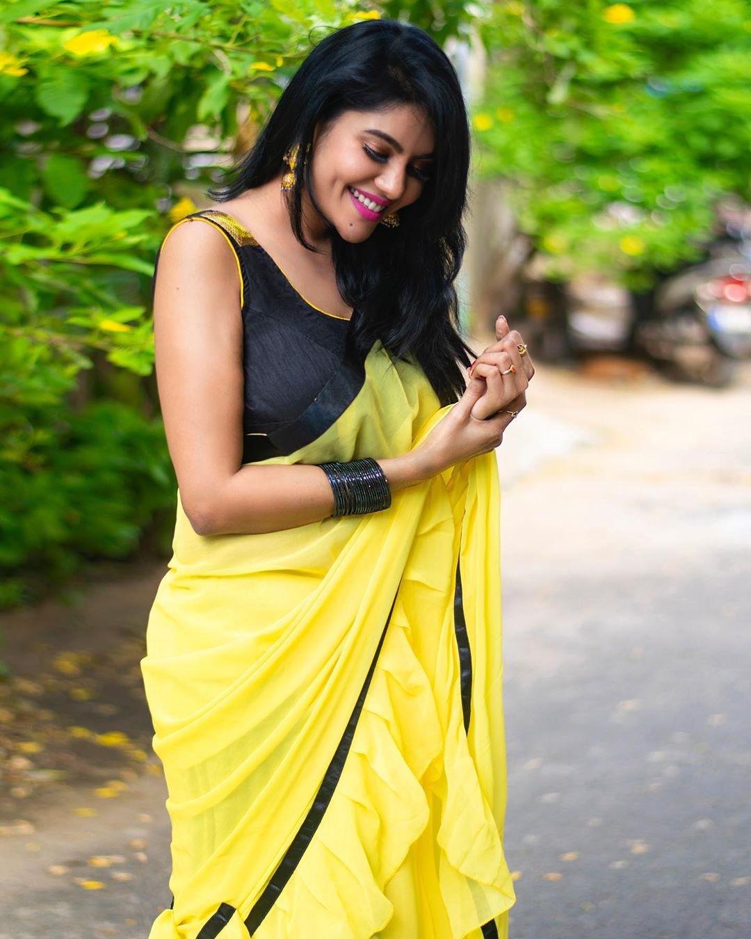 Topless Actress Naked Pic Tamil Pics