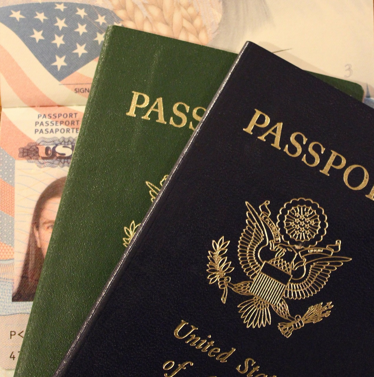 Guárdalo igual que a tu vida, tu pasaporte siempre debe ir contigo en tus maletas de viaje