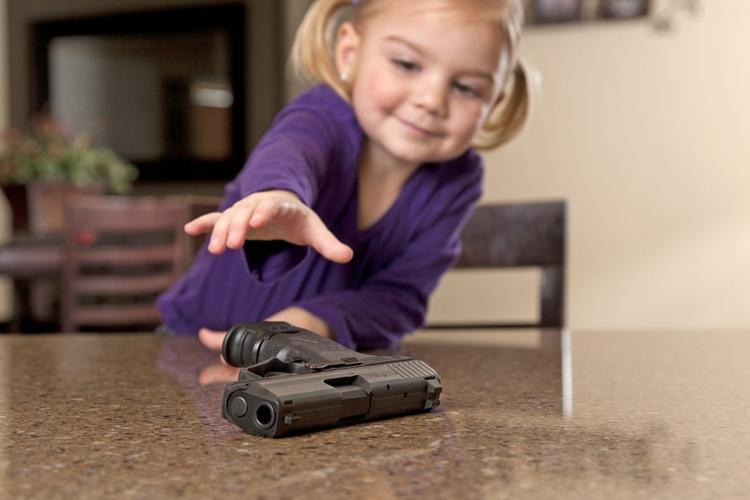 005--16-toddler-shoots-toddler-639258.jpg
