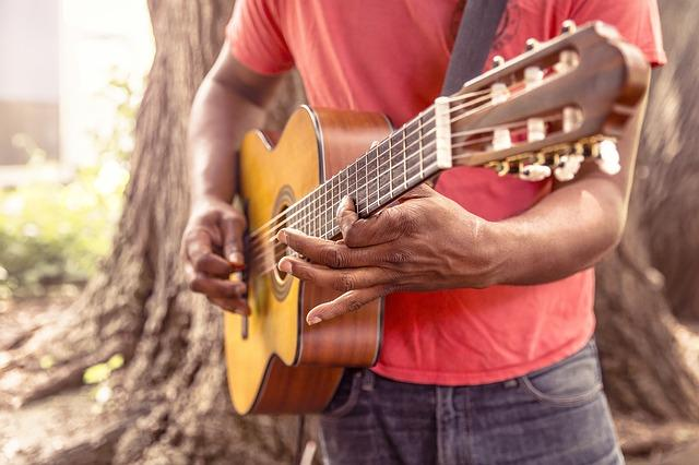 Guitare, Musique, L'Homme, Jouer, Gratter, Corde