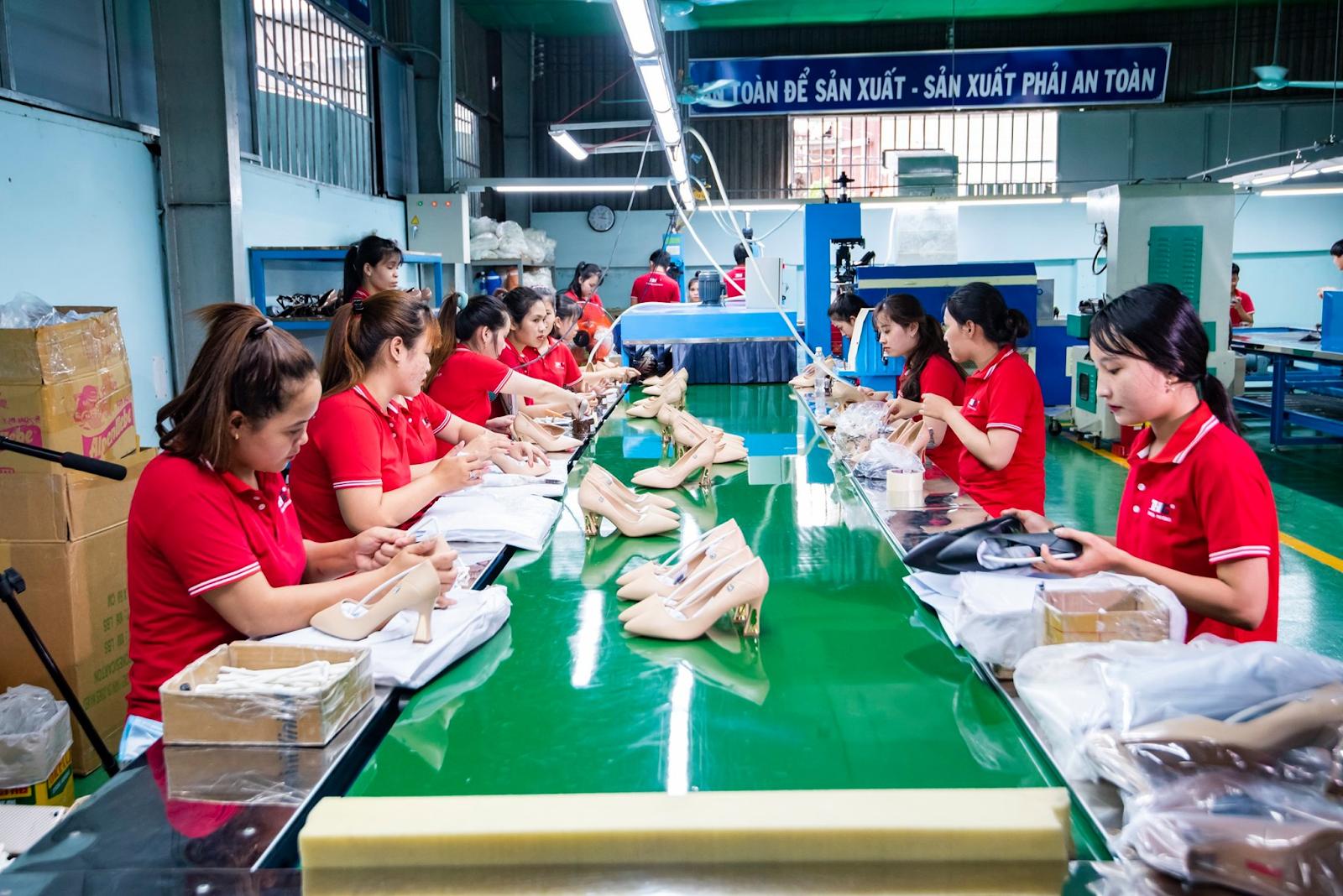 Thiên Hương có đội ngũ nhân viên lành nghề, tận tâm