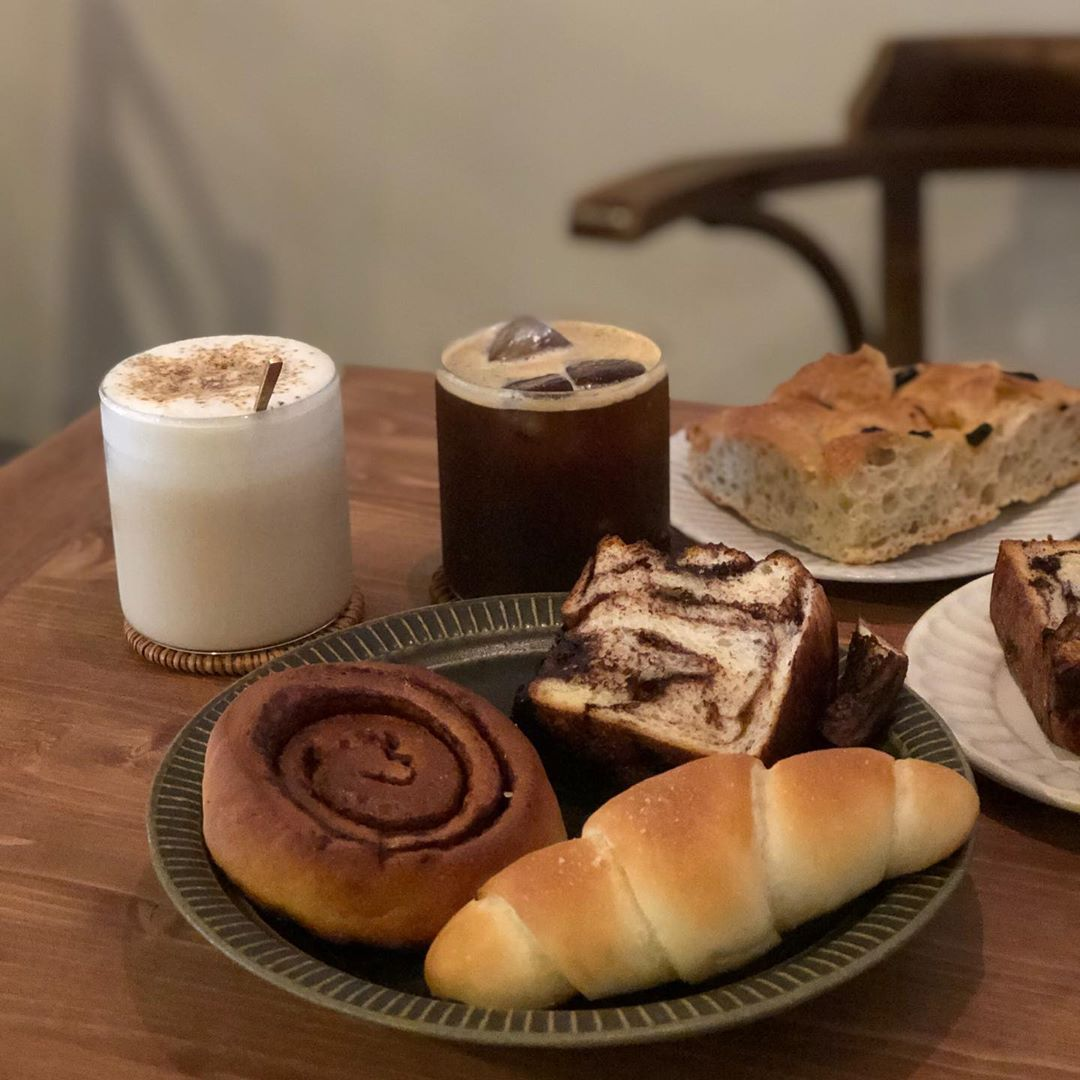 台北甜點 麵包店 可頌 菠蘿油 台北美食 穀嶼
