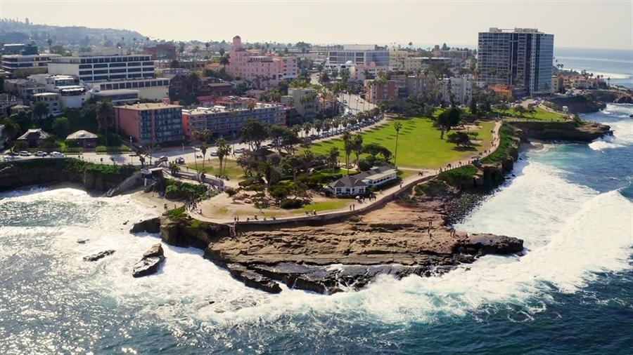 San-Diego-Neighborhoods-to-Add-on-Your-Must-Visit-List La jolla