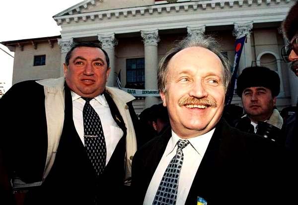 Мэр Одессы Эдуард Гурвиц и лидер РУХа Вячеслав Чорновил